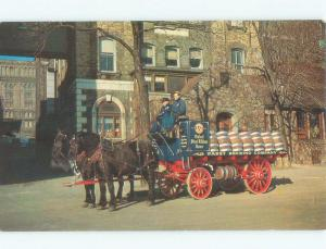 1957 PABST BLUE RIBBON BEER IN BARRELS ON HORSE-DRAWN WAGON Milwaukee WI E6836