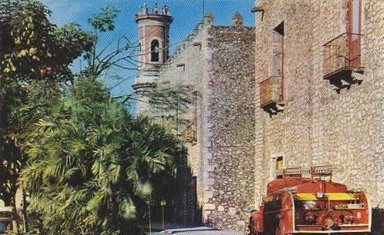 Mexico Cuernavaca Palacio Cortez With Firetruck