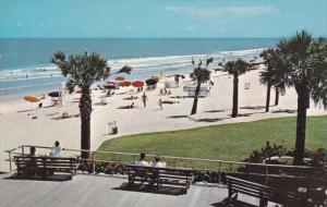 MYRTLE BEACH , South Carolina , PU-1968 ; Strand from the front of the Pavilion