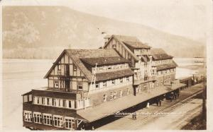 RP: SICAMOUS , B.C. , Canada , 20-30s ; Sicamous Hotel