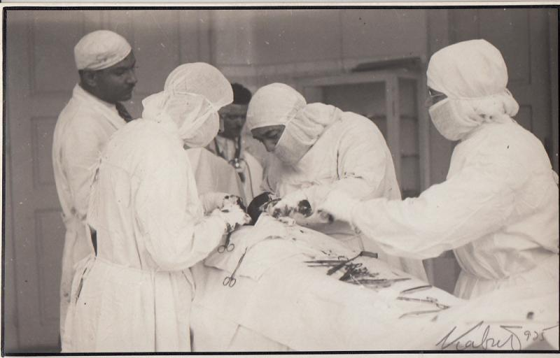RPPC OLD HOSPITAL MEDICINE SURGERY SURGEON INTERVENTION WW I DOCTORS MEDICAL