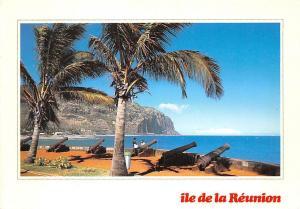 Ile de la Reunion St Denis Cannons