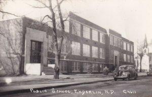 RP: ENDERLIN , North Dakota ,1930-40s ; School