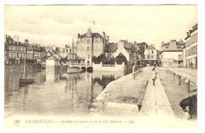 Le Pont en amont vu de la rive Gauche, Landerneau, Finistere, France, 00-10s