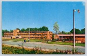 Carbondale IL R/W/B US Mail Dropbox~Thompson Point Dormitories 1957
