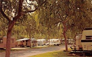RV Parks/Campgrounds/Trailer Parks Trailerland Park Anaheim, California, USA ...