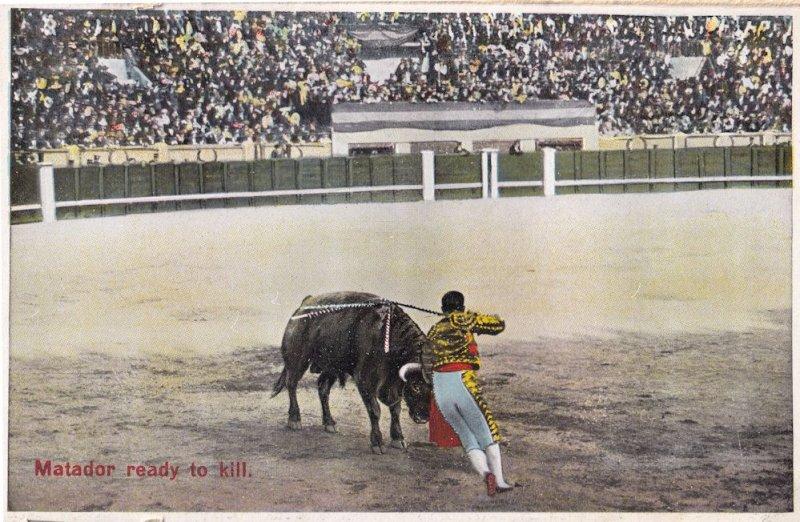 Matador Ready To Kill Antique 1920s Spanish Bullfighting Postcard