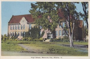 MEDICINE HAT , Alberta , Canada , 1910s ; High School