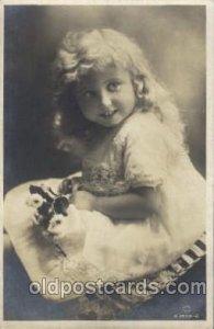 British Child Children, Child, 1917 postal used 1917