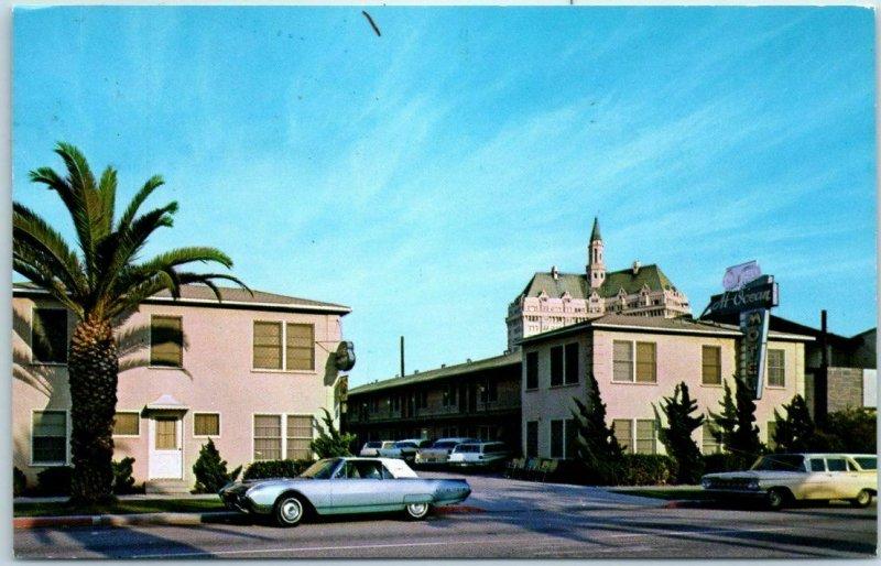 Long Beach, California Postcard AT-OCEAN MOTEL w/ Ford Thunderbird 1967 Cancel
