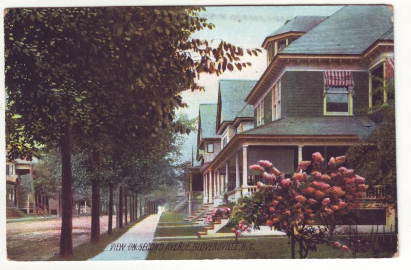 P338 JLs 1909 postcard gloverville ny  2nd ave with houses