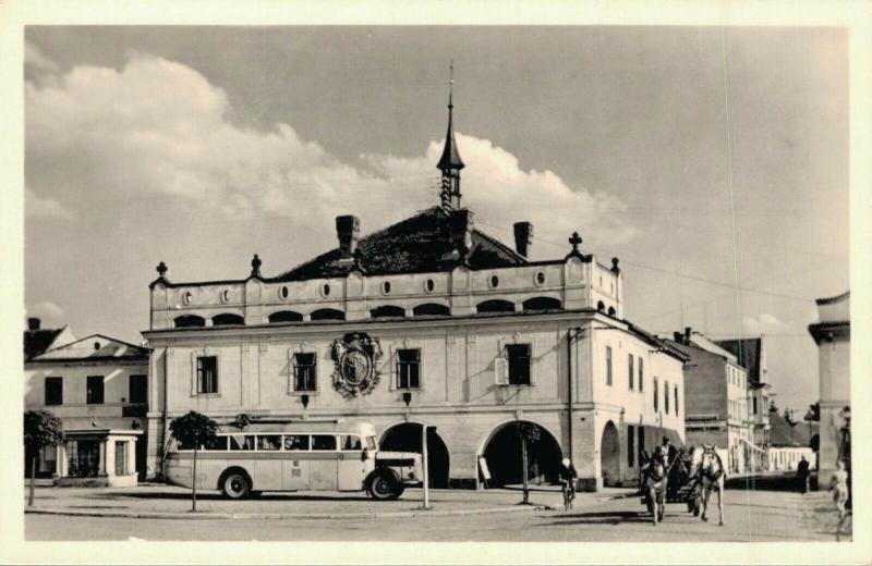 Czech Republic Láznê Bohdanec Radnice 02.89
