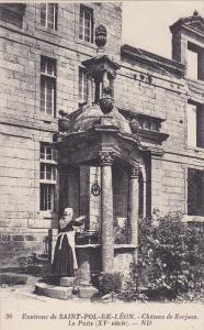 Chateau De Kerjean, Le Puits, Environs De Saint-Pol-De-Leon (Finistere), Fran...