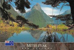 New Zealand Mitre Peak, Milford Sound Landscape