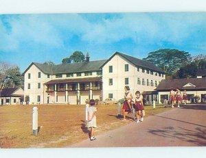Chrome SAINT THERESA'S CONVENT SCHOOL Kuching - Sarawak Malaysia AG9810