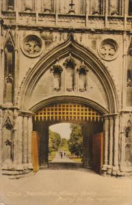 The Portcullis, Abbey Gate, Bury St. Edmund, Suffolk, England, United Kingdom...