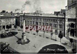 Postcard Modern Piacenza Piazza Duomo