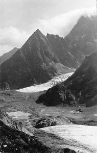 Switzerland Sustenstrasse Steingletscher und Sustenspitz