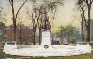 Michigan Detroit Macomb Statue