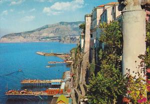 Italy  Sorento Hotel Tramontano e spiaggia