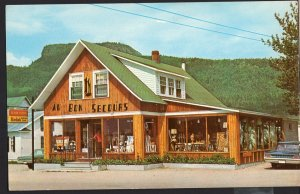 Quebec ~ PERCE AU BON SECOURS The Gift House of the Peninsula 1950s-1970s