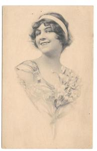 Beautiful Woman Smiling Vintage 1912 Schlesinger Postcard
