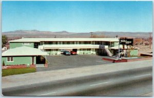 1950s ROUTE 66 California Postcard BARSTOW TRAVELODGE Motel Roadside Unused