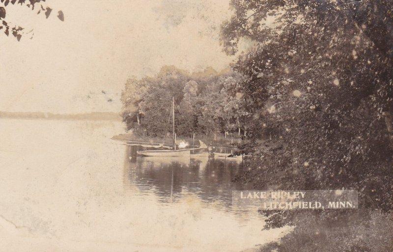 RP; LITCHFIELD , Minnesota, 1900-10s ; Fishing Boats, Lake Ripley