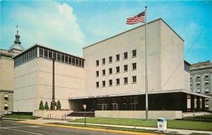 Springfield Illinois~US Flag @ State Museum~1950s Postcard
