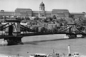 Hungary Budapest Chain Bridge with The Castle River Postcard