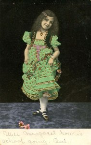Children - Girl in Green Dress       (embossed, gold)