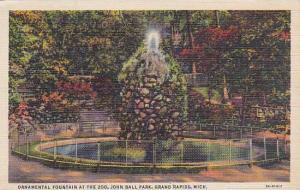 Michigan Grand Rapid Ornamental Fountain At the Zoo John Ball Park 1950