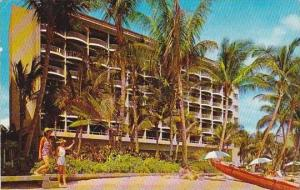 Hawaii Honolulu Surf Riden Hotel On the Beach At Waikiki 1958