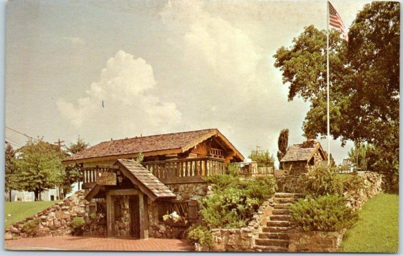 Altus, Arkansas Postcard WIEDERKEHR WEINKELLER RESTAURANT Swiss Roadside c1950s