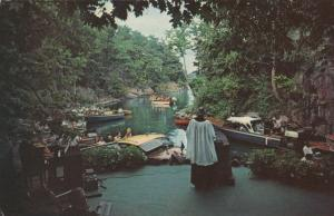 1000 ISLANDS , Ontario, Canada, 1966 ; Half Moon Bay