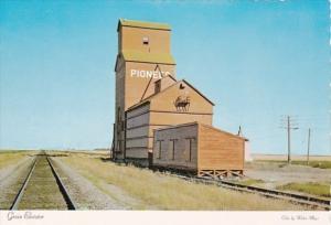 Canada Saskatchewan Typical Grain Elevator