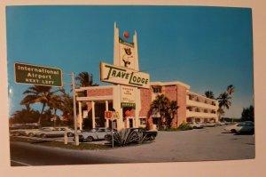 Vintage Postcard Travel Lodge Fort Lauderdale Airport Dania  Florida 1977   449