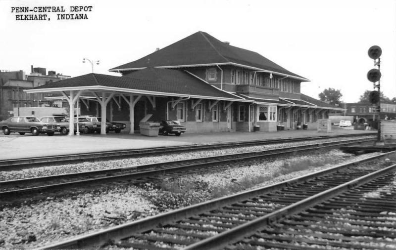 Elkhart Indiana Penn Central Depot Real Photo Vintage Postcard K103775
