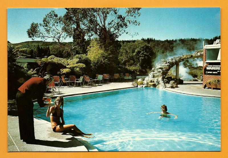NEW ZEALAND VINTAGE POSTCARD-INTERNATIONAL HOTEL-ROTORUA
