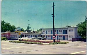 Stockton, California Postcard CREST MOTEL Highway 99 Roadside c1960s Unused