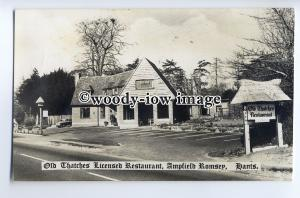 tp9158 - Hants - Old Thatches Licensed Restaurant, at Ampfield Romsey - postcard