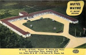 Ft Wayne Indiana~Aerial~Motel Wayne~U Shaped Bldg~Cars In Front~1950s Postcard