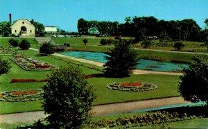 Wisconsin Milwaukee Mitchell Park Sunken Gardens