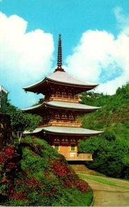 Hawaii Honolulu Nuuanu Valley Minami Hokke-Ji Pagoda