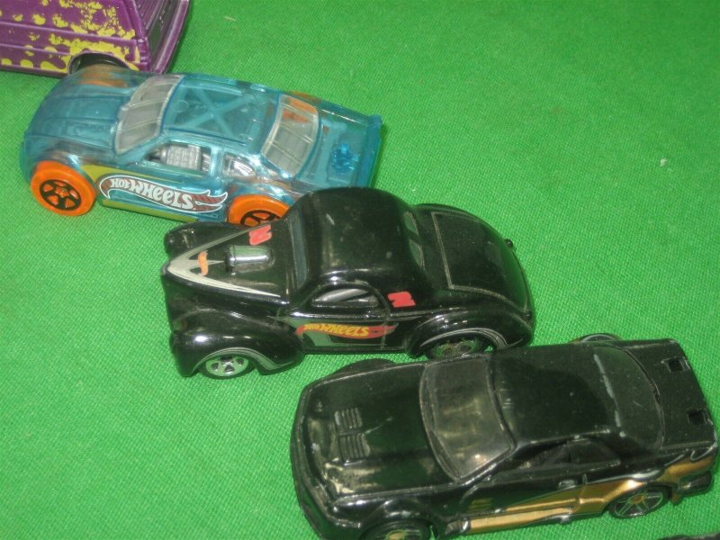 Vintage Lot of Eight (8) Toy Cars Hot Wheels Turbo Black Blue Purple Colors