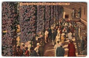 1943 CASHING WINNING TICKETS HIALEAH PARK MIAMI FLORIDA*TICHNOR LINEN POSTCARD