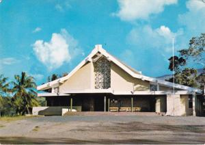 PIRAE , Tahiti , 50-70s ; eglise Sainte-Trinite