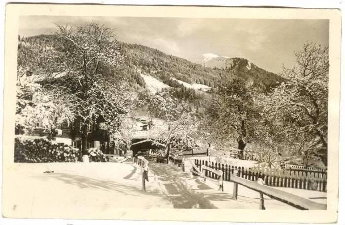 RP; Snow-covered Brunig - Hasliberg Reuti, Berne, Switzerland, PU-1935