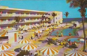 Florida Hollywood Aristocrat Motel Showing Swimming Pool 1963