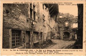 CPA PÉROUGES La Rue et la Maison des Princes (684138)